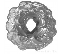 Molde Holiday Wreath Pan - Nordic Ware